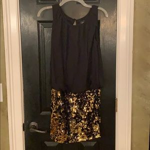 Adrianna Papell black gold sequin formal dress 4